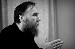 Dugin4-260x173